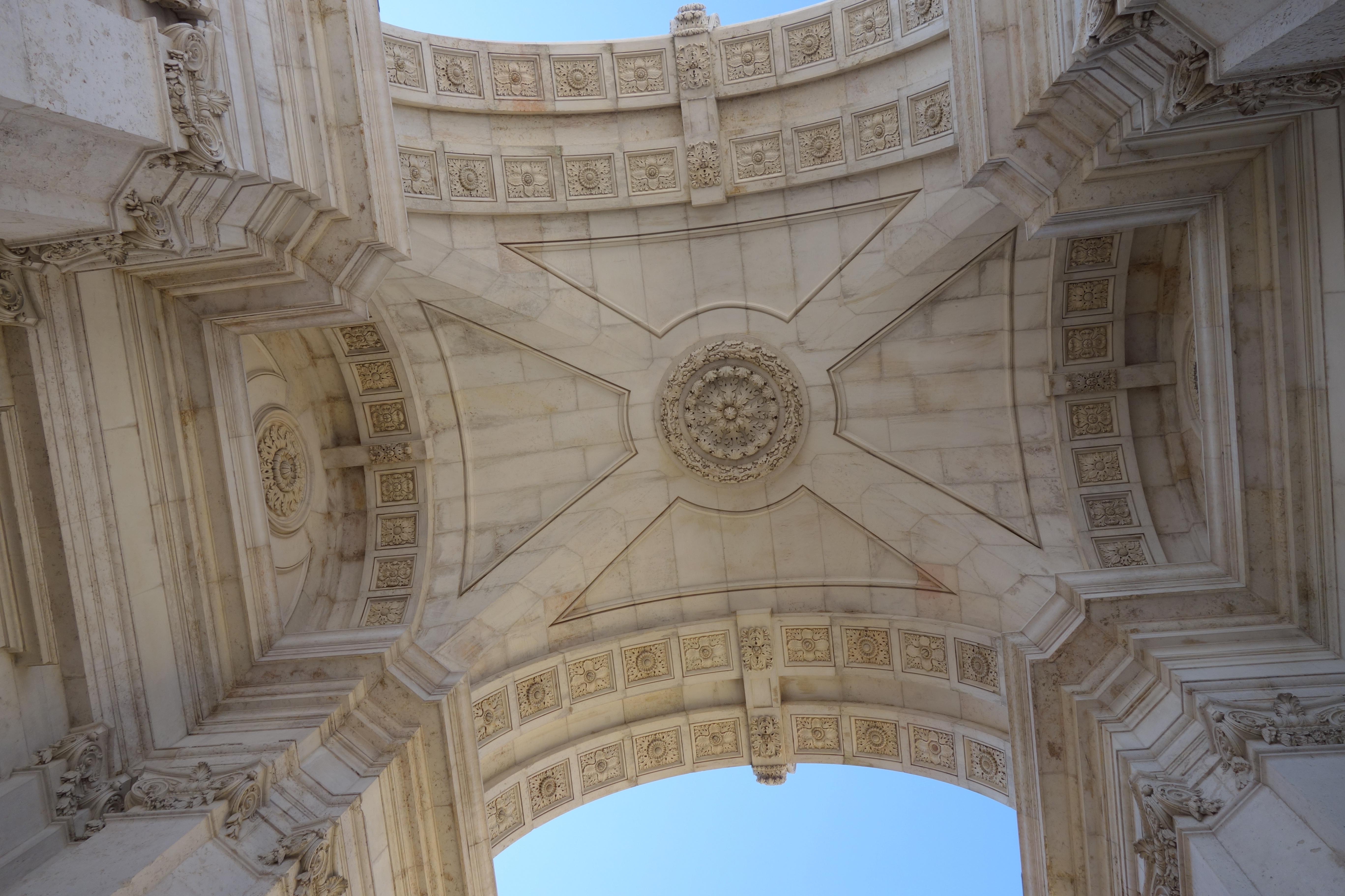 Lissabon: Praça do Comércio (Platz des Hadels) Triumphbogen Rua Augusta