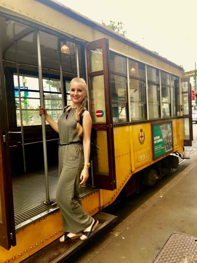 Mailand: nicht nur Lissabon und San Francisco haben diese alten Trams, auch Mailand hat sie. Diese ist aus meinem Geburtsjahr!