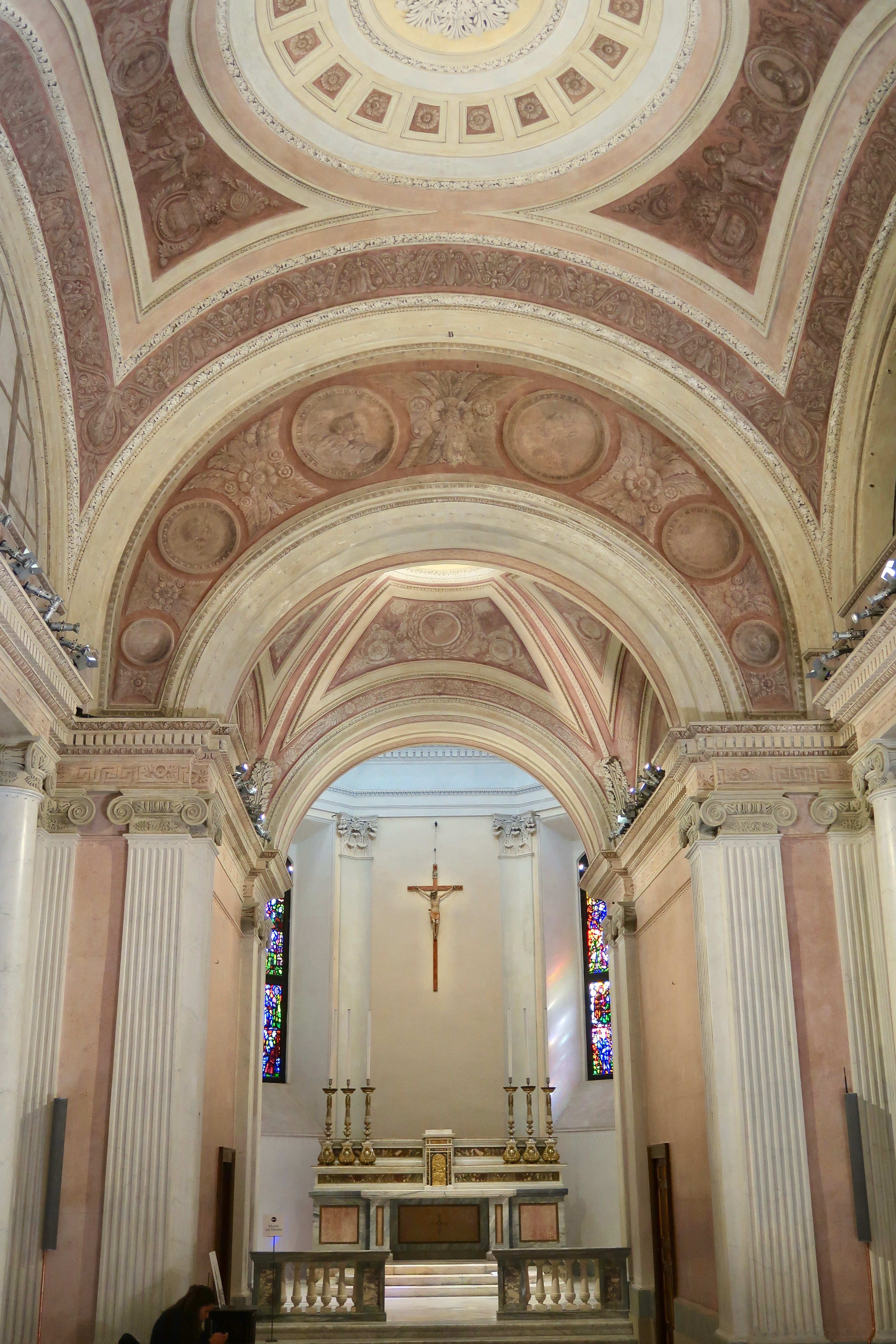 Mailand: der Altar in der San Gottardo Kirche im Dom Museum