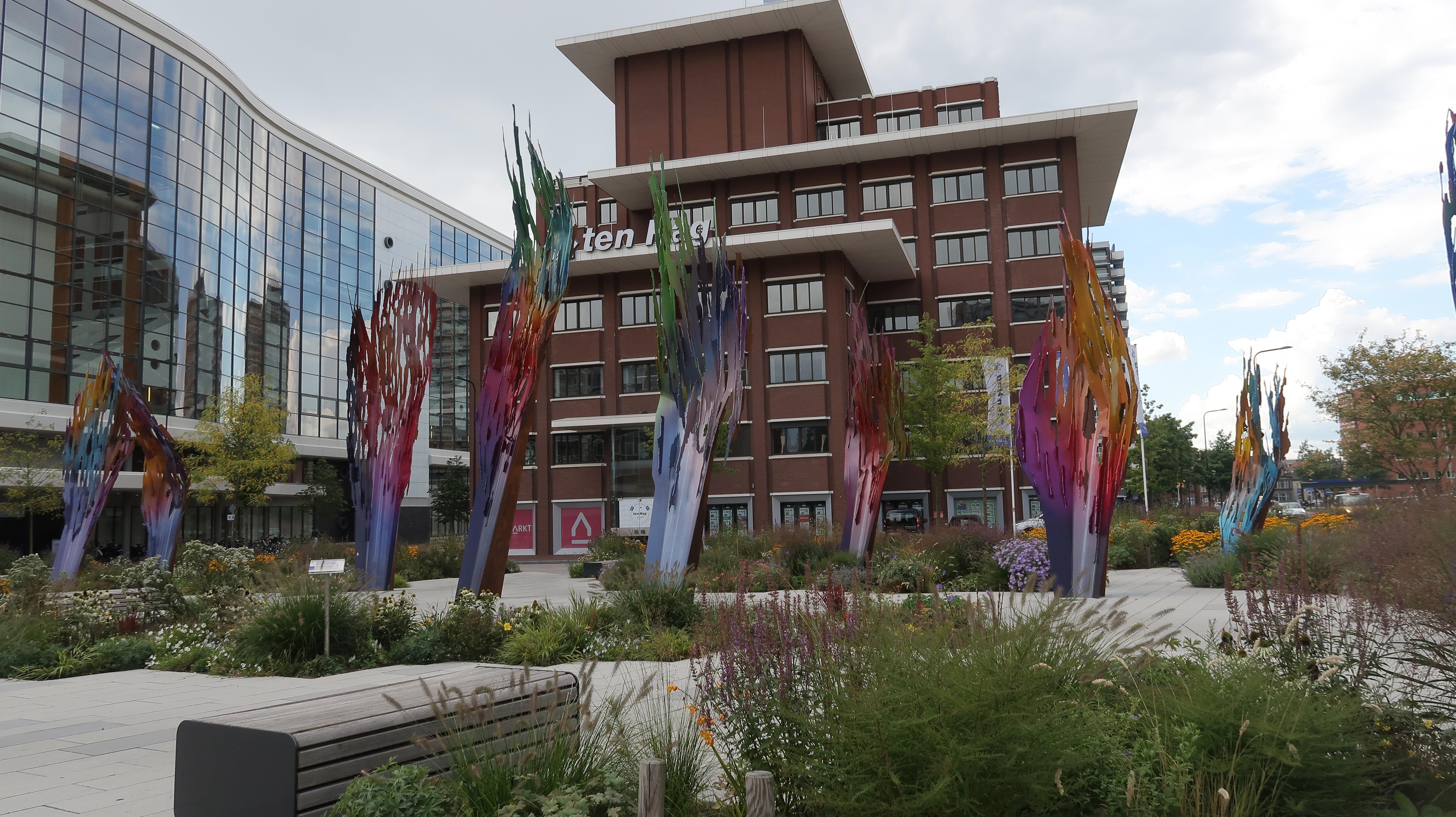 Enschede: Kunst in der Stadt verteilt